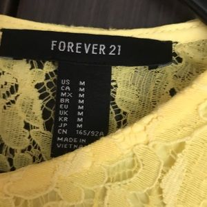 Forever 21 Dresses - Forever 21 Lacey Dress